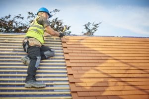 Tips-to-Repair-Damaged-Shingles
